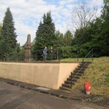Kriegerdenkmal am 24. April 2014 in Schoeneck (Forbach, Moselle, Frankreich)